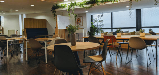オフィス家具サブスク「クラス」